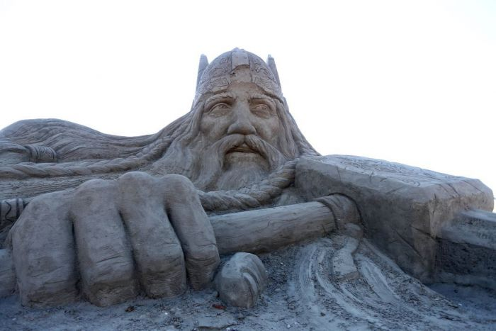 A sand sculpture of Thor the great