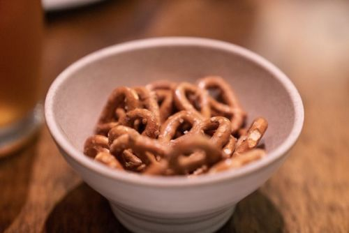 pretzels in a bowl