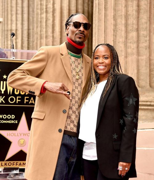 Snoop Dogg with his wife Shante Broadus at the Hollywood Walk of Fame