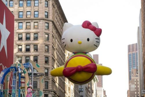 Hello Kitty balloon at Macy's Thanksgiving Parade